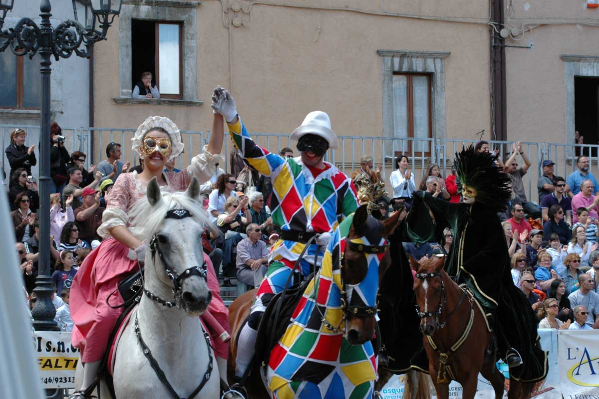 Il Carnevale di Venezia: Arlecchino e Colombina