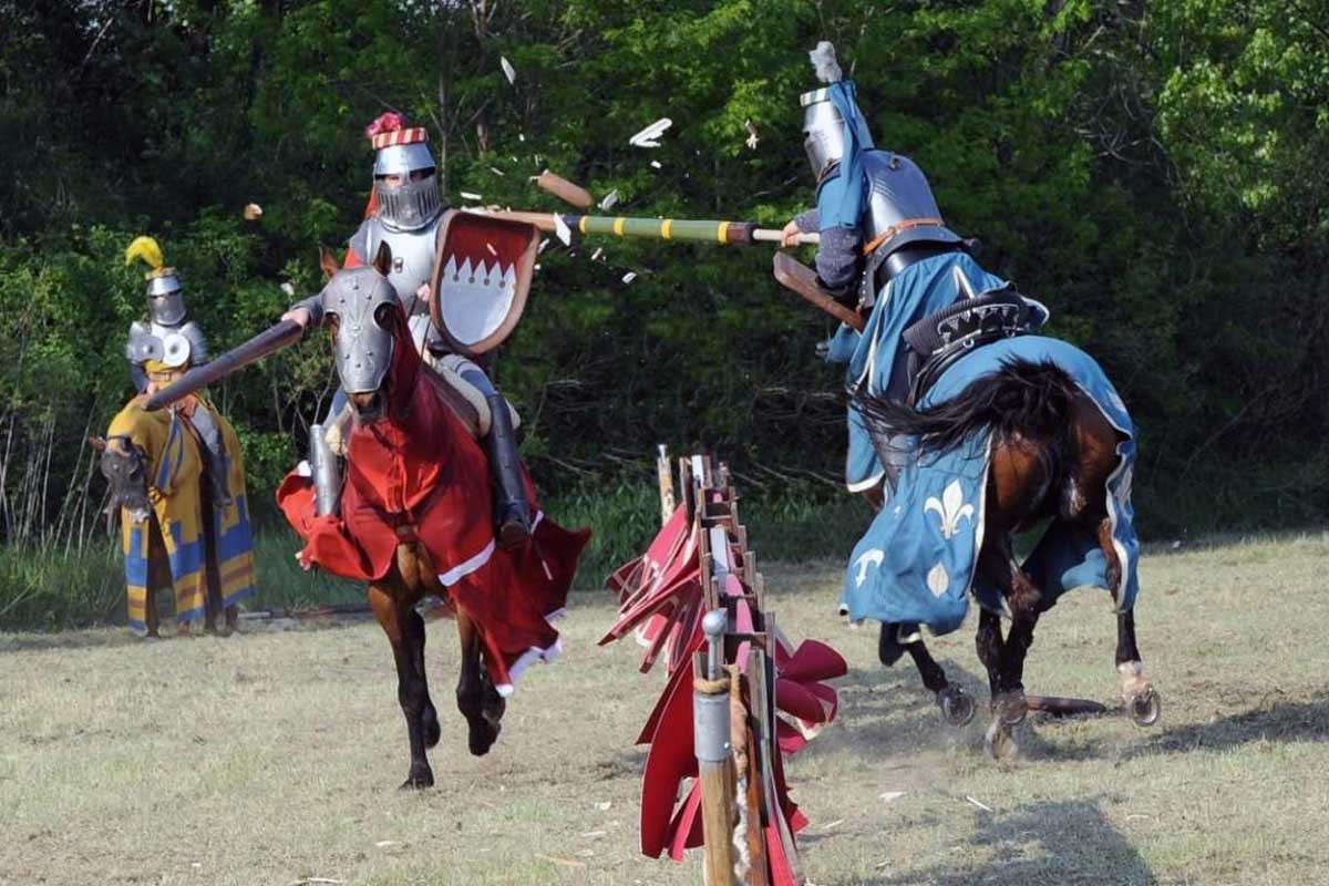 Torneo Medievale: Scontro con lance